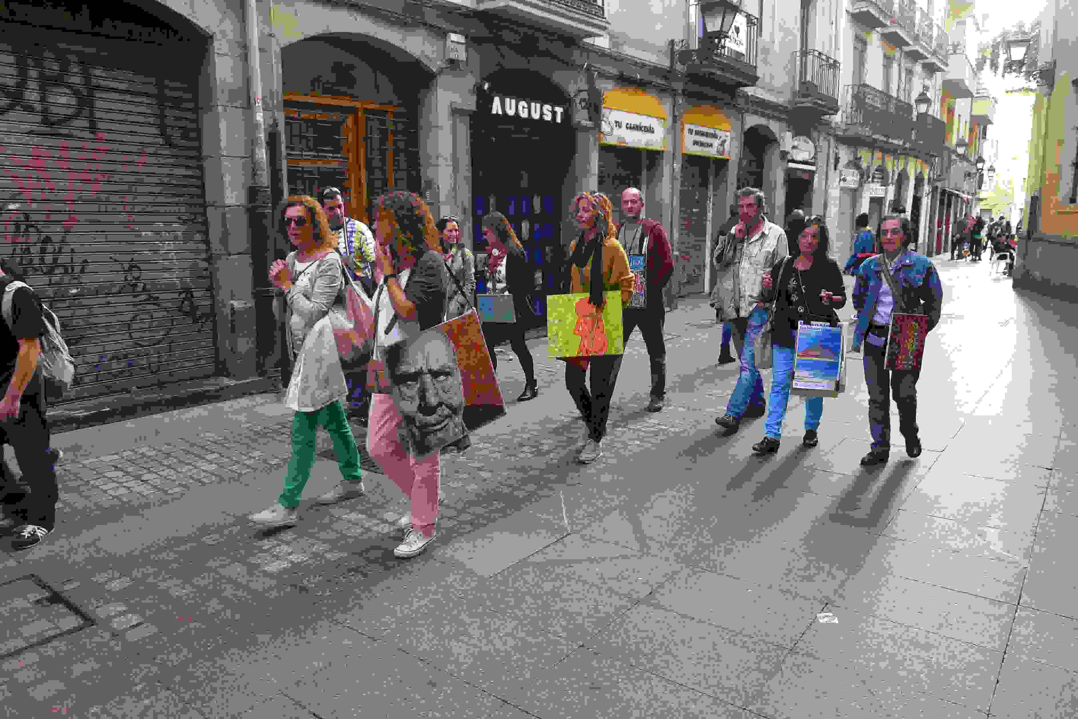 Paseo por el festival de arte Iturfest